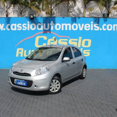 Nissan March S 1.0 2013